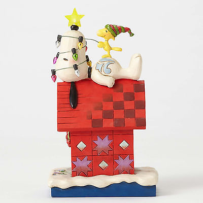 TRADITIONS : ENESCO : Snoopy Light up Dog HouseTRADITIONS : ENESCO : Snoopy Light up Dog House